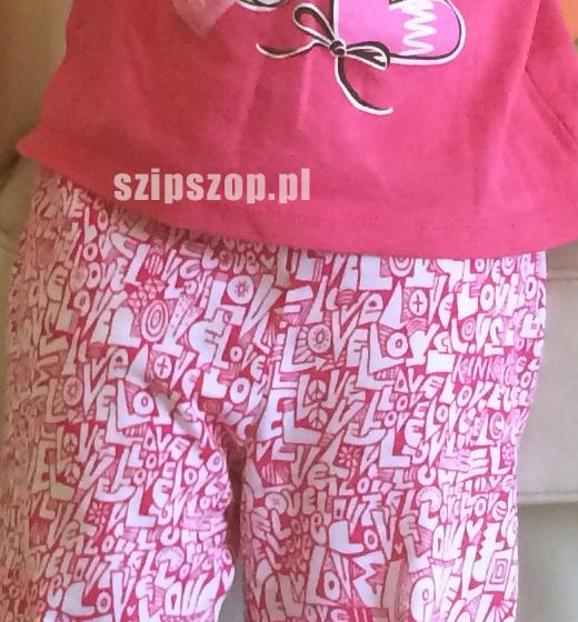 różowa piżamka dla dziewczynki